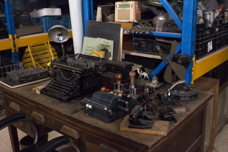 AWP-Rekwisieten-typmachine